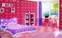 Barbie Arrumando o Quarto
