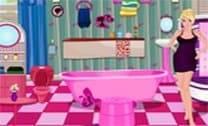 Barbie Decorando O Banheiro