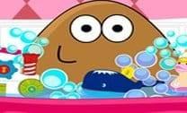 Dia de Banho da Menina Pou