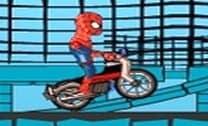 Homem aranha na moto