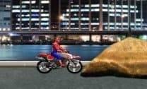 Homem Aranha na Motocicleta