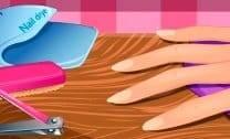 Manicure Barbie