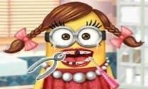 Menina Minion No Dentista
