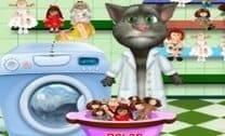 Tom Lavando Bonecas